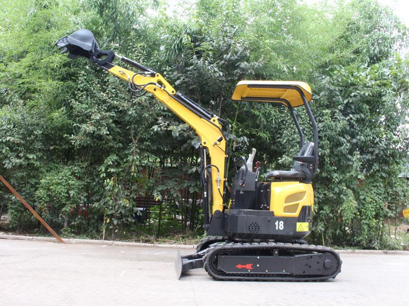 R328小型履带式挖掘机